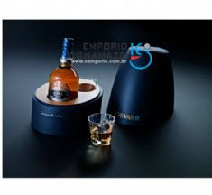 Foto Whisky Chivas Regal Pininfarina 18 Anos 750ml